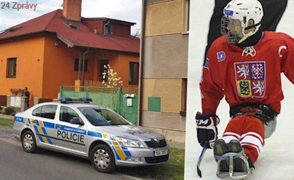 Syn kapitána české reprezentace vypadl z balkonu! Vrtulník ho transportoval do nemocnice