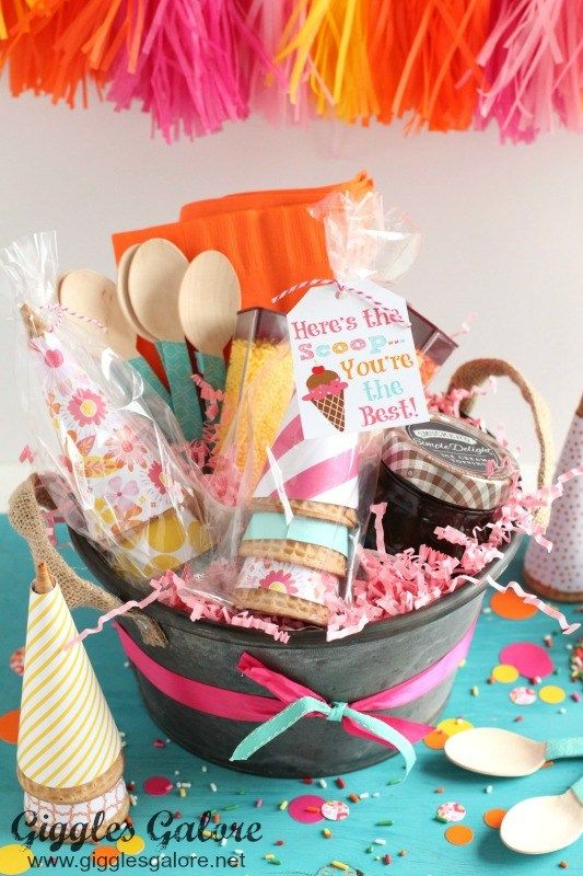 50 diy gift basket ideas to inspire all kinds of gifts pinterest 50 diy gift basket ideas to inspire all kinds of gifts pinterest canastilla solutioingenieria Images