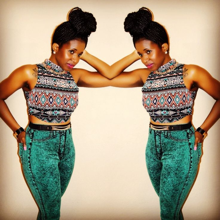 Crop top and high waist jeans - Outfit Details on my blog www.yourfashionhighness.com | iLive 4 ...