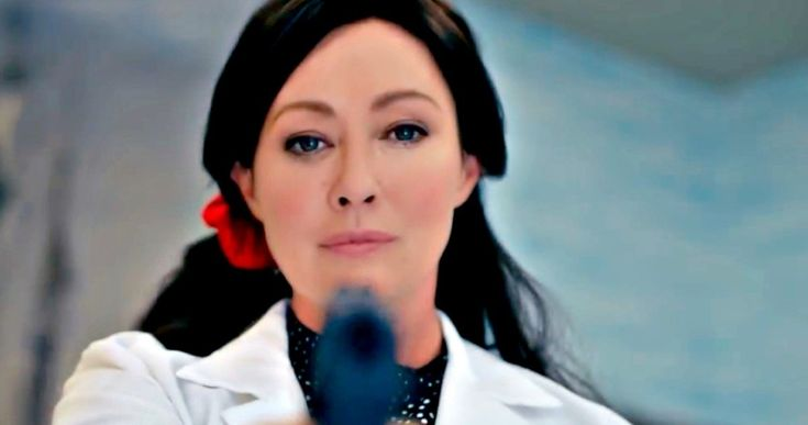 Shannen Doherty Returns in New Heathers Red Band Trailer -- Get a look at Shannen Doherty, Selma Blair and the new trio of Heathers in the profanity-laced red band trailer for the upcoming series. -- http://tvweb.com/heathers-tv-show-red-band-trailer-2018/