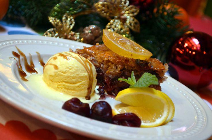 Višňová baklava /  Cherry baklava