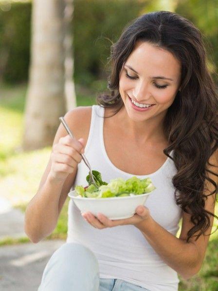 Der beste Ernährungsplan zum Abnehmen: die DASH-Diät. Sie nehmen nicht nur dauerhaft ab, sondern senken auch den Blutdruck. Zum Ernährungsplan.