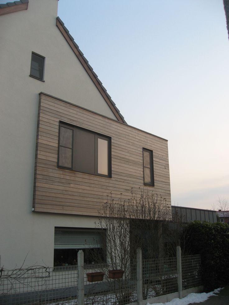 Verbouwing halfopen bebouwing met een typische achterbouw – Oostakker | Ypsilon Architecten | Thielemans & Chys