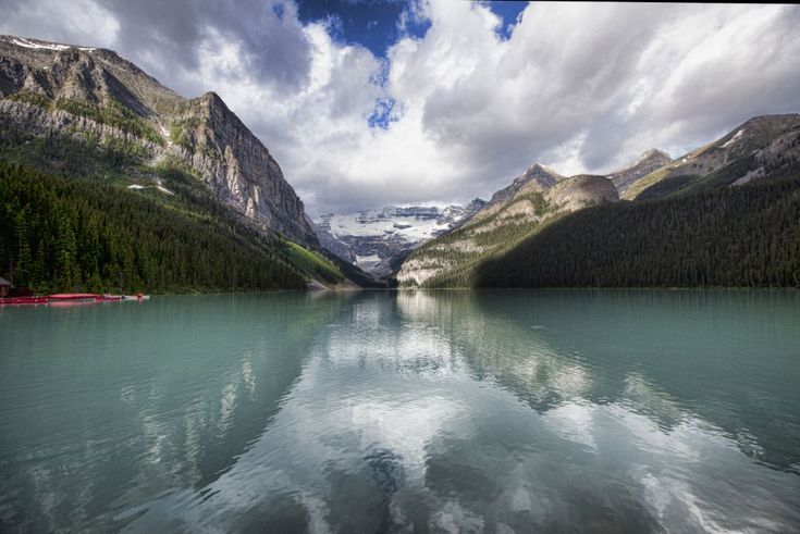 Amazing Lake Louise! Breathtaking Scenery