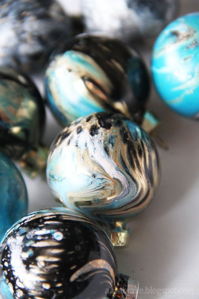 Marbleizing with spray paint on water for a quick process. Dunk watercolor paper, glass ornaments, , ceramics.....rocks! Alisa Burke Blog