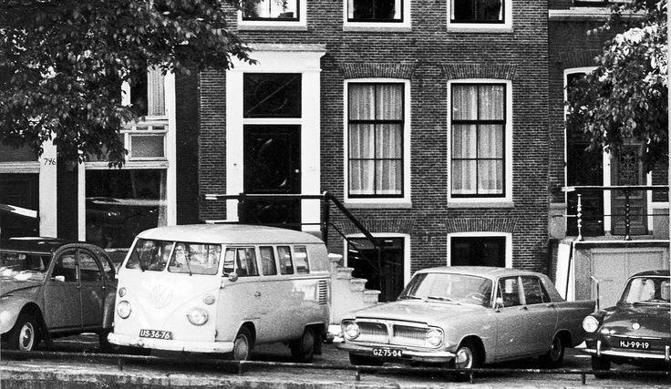 1968. VW T1 (US-36-76), Ford Zephyr 6 (GZ-75-84) and VW 1500 (HJ-99-19) parked on the Prinsengracht in Amsterdam. Photo Rijksdienst voor het Cultureel Erfgoed / de Koning. #amsterdam #1968 #prinsengracht