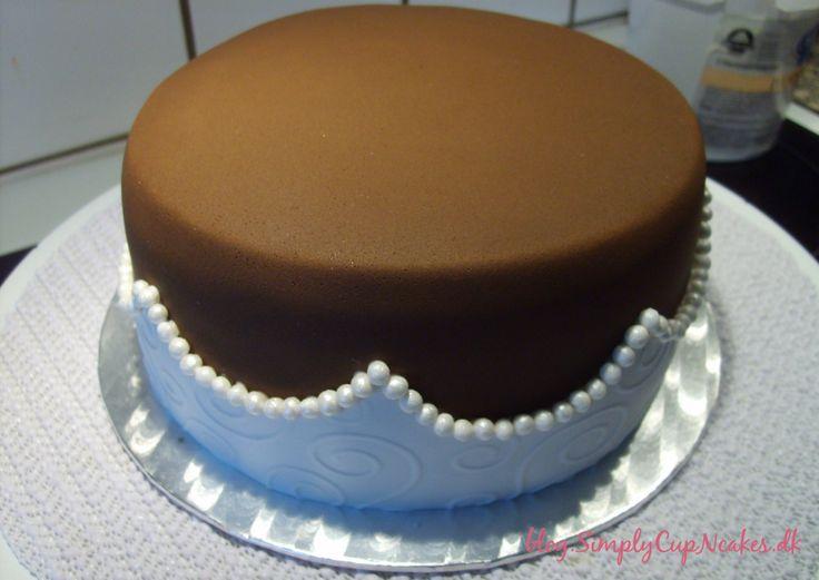 French vanilla cake with tiramisu creme