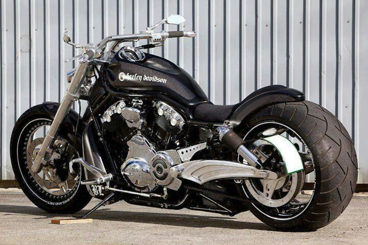 sweet harley davidson motorcycle fantasy wheels. Black Bedroom Furniture Sets. Home Design Ideas
