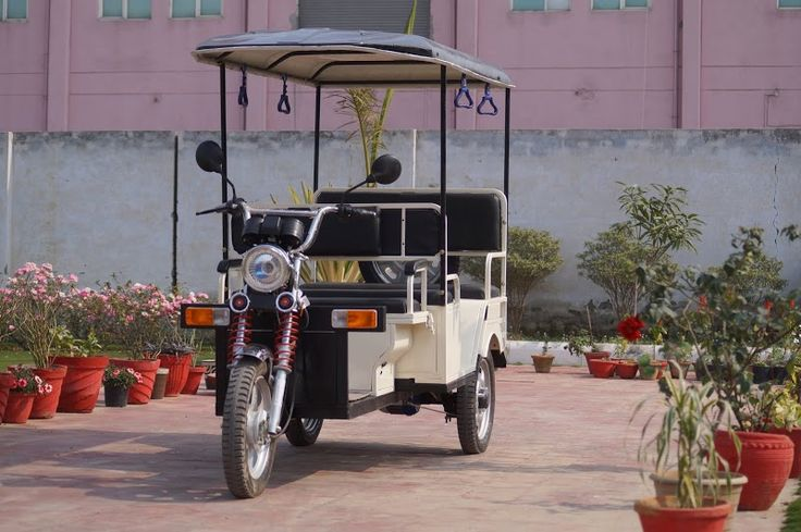 Jangid Motors New E-Rickshaw