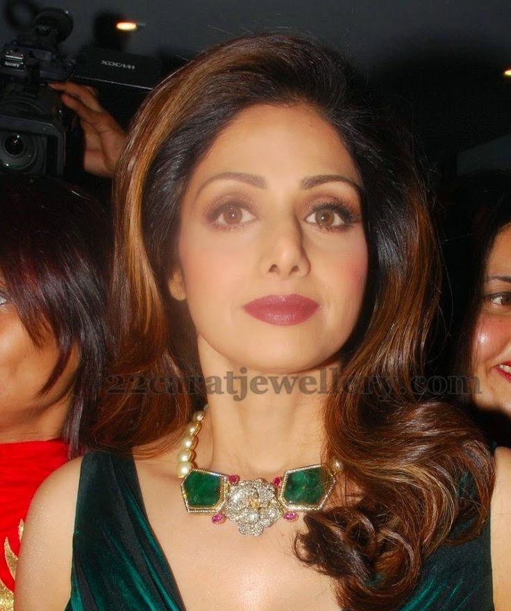 Jewellery Designs: Sridevi Kapoor Emeralds and Pearls Set