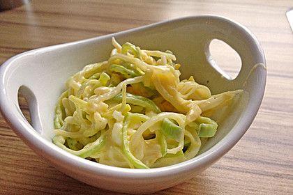 Porreesalat, ein schönes Rezept aus der Kategorie Eier & Käse. Bewertungen: 18. Durchschnitt: Ø 4,3.