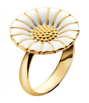 De klassiske smykker fra Georg Jensen - Daisy / marguerit serien. Denne Daisy ring er forgyldt sølv med hvid emalje.