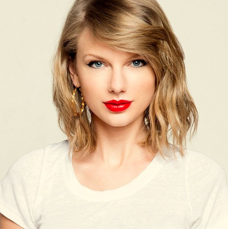 Besides her #beautiful #voice and singing talent, American Singer Taylor Swift also famous for her good looks and physique, especially her height. Find out how tall is Taylor ?