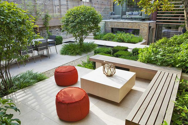 Notting Hill Garden | Contemporary seating area with coffee table in urban town garden | Charlotte Rowe Garden Design