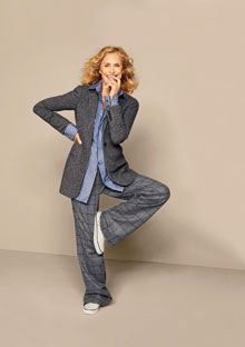 Lauren Hutton is one of my favorite fashion icons and inspirations. Down to earth, forever youthful, lovely, smart!