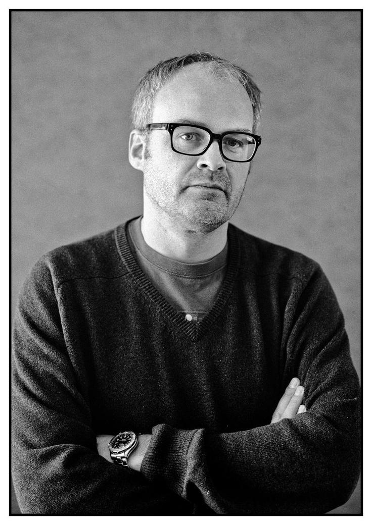 Johan Rheborg föreläser om kreativitet.