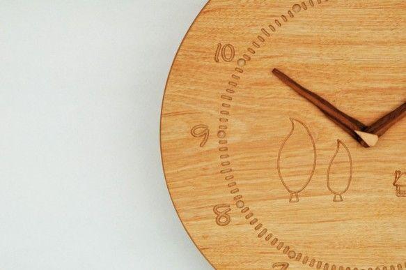 丸の掛け時計サイズ:φ30 板厚0.6 ㎝材質:MDF(ビーチ)塗装:植物性オイル量産可かわいい木の時計で、暮らしに明るさと元気をプラス|ハンドメイド、手作り、手仕事品の通販・販売・購入ならCreema。