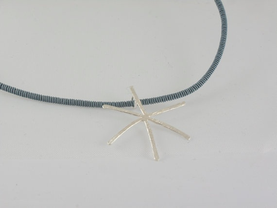 Sterling silver star pendant Star sterling silver by mardargent, €25.00