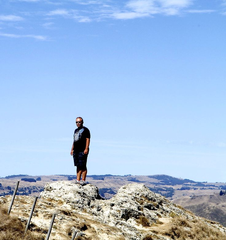 Great views before the show at Te Mata Peak.  Climbed the fence for a better view.