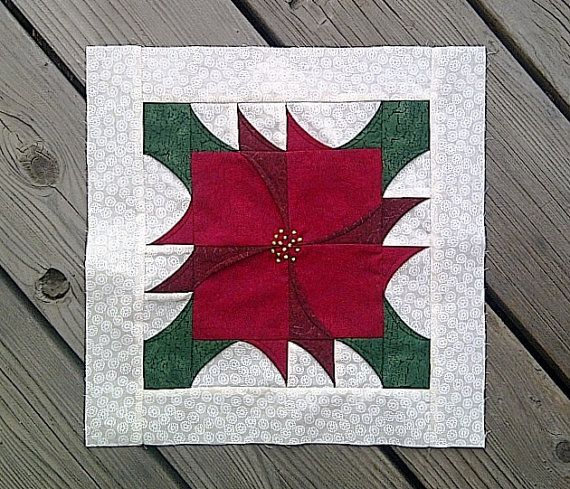 Pieced Poinsettia Block