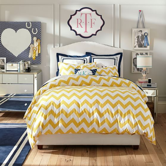 pbteen 39 s take on chevron pattern in a teen girl 39 s bedroom with yellow and navy beautiful. Black Bedroom Furniture Sets. Home Design Ideas