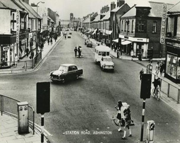 Ashington Town Centre (In The 60s), wish it still looked like this :( sadly, now there's only phone shops, pharmacy's, shoe shops and charity shops. and the only unique shop (a cafe that used to belong to a friend) is going to shut down :( I'm sorry like but the front street's gone to pot.