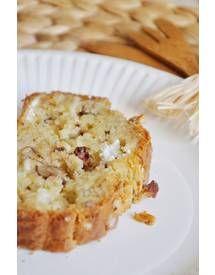 Cake chèvre-noix-raisins pour 8 personnes - Recettes Elle à Table - Elle à Table