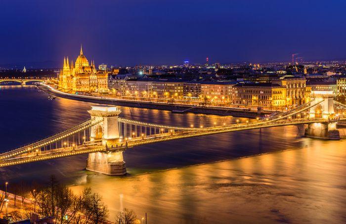 【ハンガリー】ブダペストの観光情報総まとめ:世界遺産の街を彩る夜景を堪能しよう