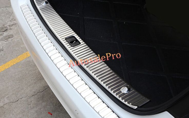 49.88$  Buy here - http://alij0k.shopchina.info/go.php?t=32752336908 - Steel Inner Rear Bumper Protector Sill Plate Threshold Guard Trim For Mercedes Benz E Class W212 4DR 2010 2011 2012 2013  #bestbuy