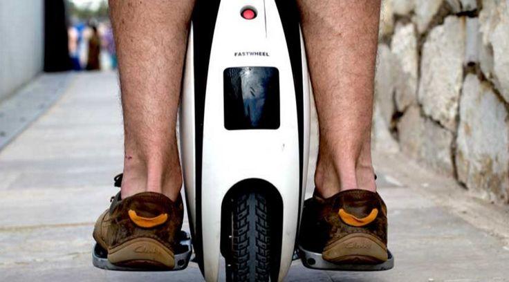 Cada vez es más normal ver bicicletas eléctricas sofisticadas, con recursos inteligentes, sensores, dispositivos que transforman bicicletas normales en elé