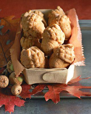 http://www.oktayustatarifleri.co/mese-palamudu-seklinde-kurabiyeler.html