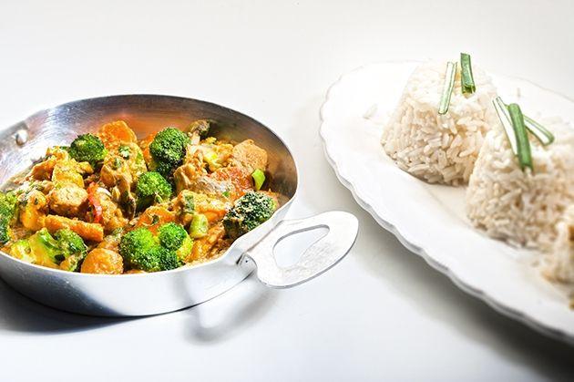 Κοτόπουλο με λαχανικά και κάρυ