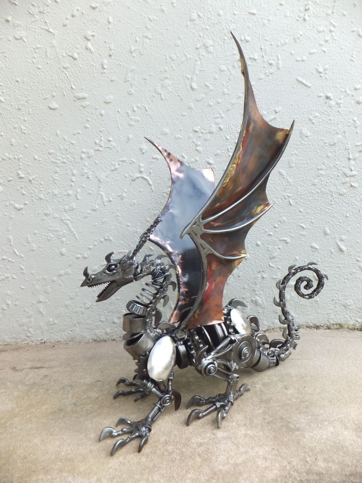 Dragon. Recycled steel and copper. Marti Wong sculpture.