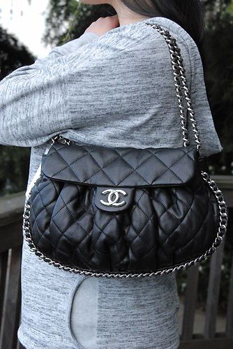 Authentic Black Chanel Classic Chain Around Flap Medium Messenger Handbag