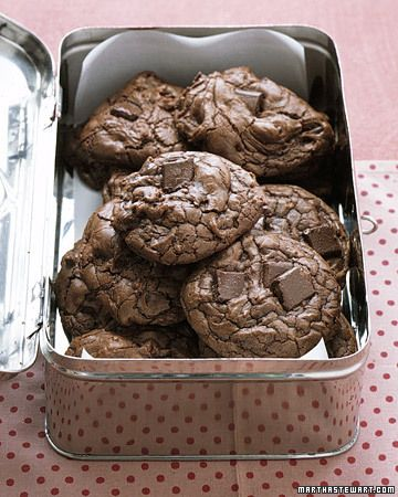 Martha Stewart Outrageous Chocolate Cookies: Chocolates Chips, Chocolate Chips, Chocolates Cookies, Outrageous Chocolates, Cookies Recipe, Chocolate Cookies, Christmas Holiday, Martha Stewart, Cookie Recipes