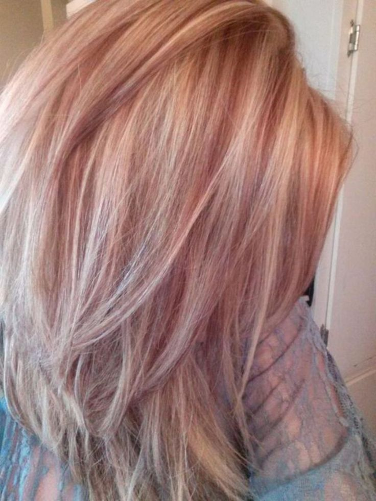 46 Beautiful Rose Gold Hair Color Ideas #Style https://seasonoutfit.com/2017/12/28/46-beautiful-rose-gold-hair-color-ideas/
