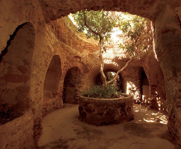 Fresno Ca The Forestiere Underground Gardens Underground Caverns And Tunnels By The Sicilian