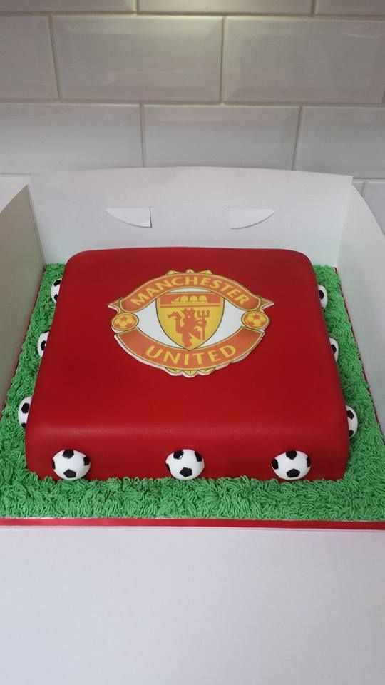 a manchester united cake i did for a charity xx