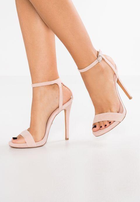 online store ceadf b5647 Pin op Dames schoenen