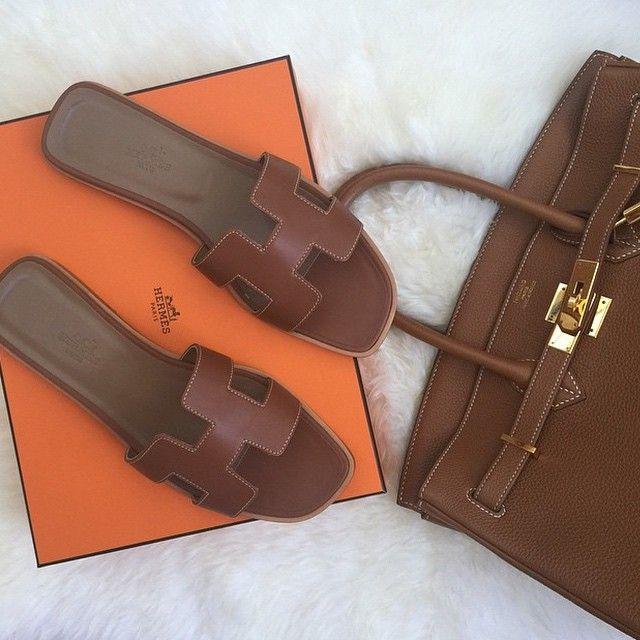 HERMÈS Oran Sandals and Birkin Bag