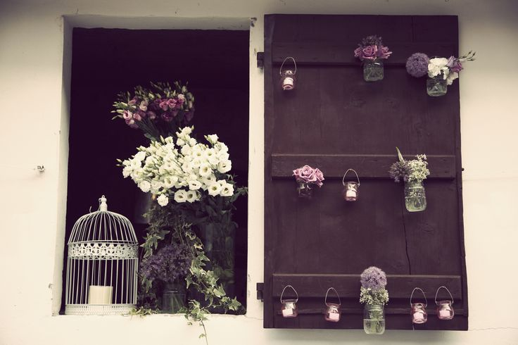 Window flower decorations, relaxed nature