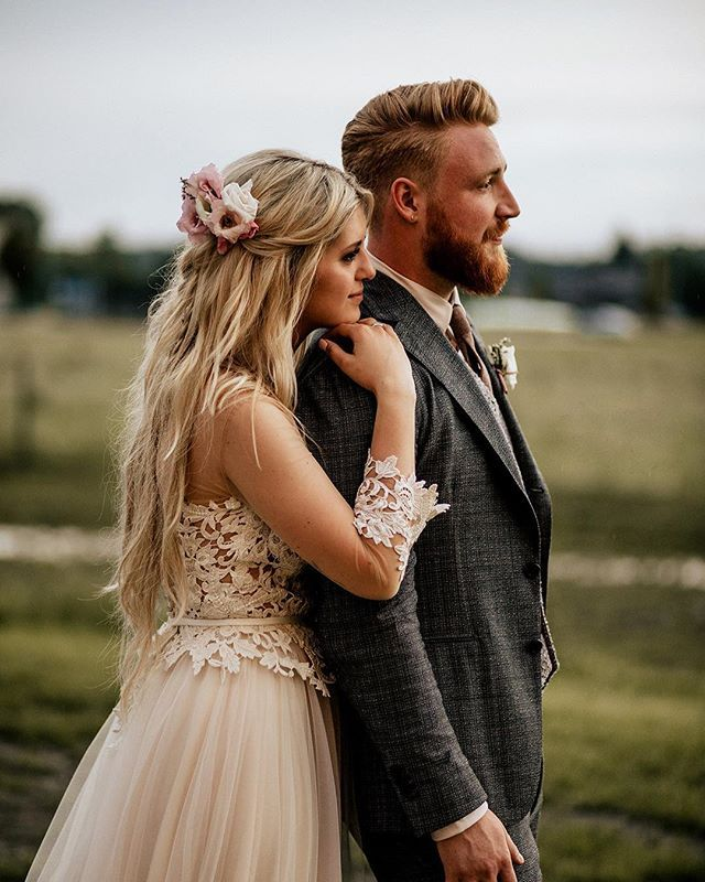 Yesterday Katya And Boris Tied The Knot These Twos Love For Each Other And For Everyone Around Was Truly Impr Wedding Pics Wedding Couples Wedding Inspiration