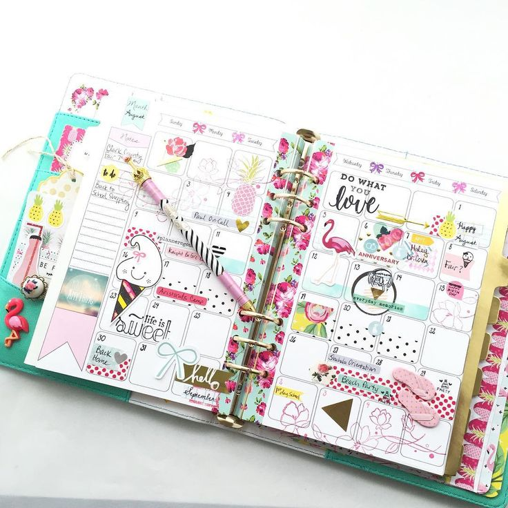 quietlycrafted: Ready for August in my beautiful Marion smith planner! I'm going to miss these colors in September!