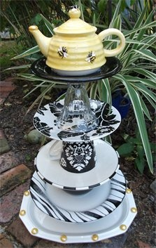 I love this bee teapot all stacked up on top!