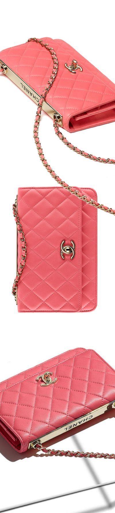 Women's Handbags & Bags : Chanel Handbags Collection & More Luxury Details… – Lucie Borowczaková
