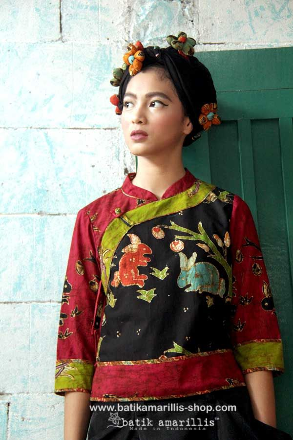 batik amarillis's joyluck jacket Ethnic inspired outfit to bring you Joy & Luck.. beautiful reinvention of classic Qipao with exquisite detailing such as color combos,handmade chinese frog button,fittingly beautiful & it provides the ideal combination of comfort & style!