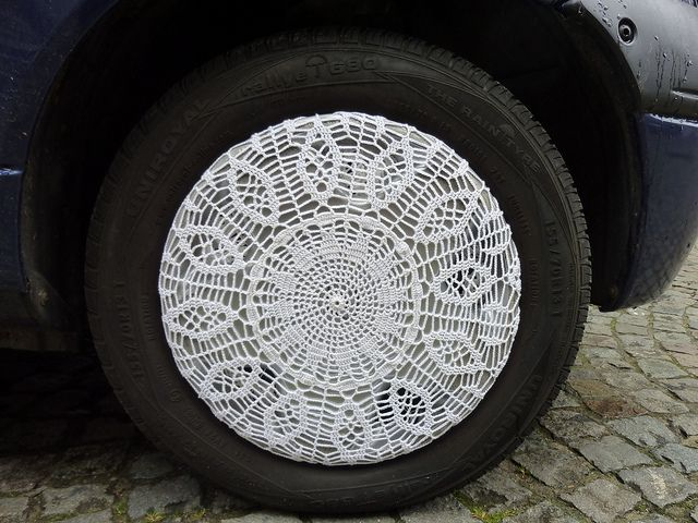 Doily hubcaps.