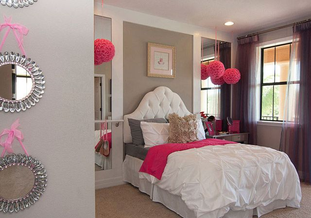 Girly pink room girly room pink home bed elegant design for Girly bedroom decor