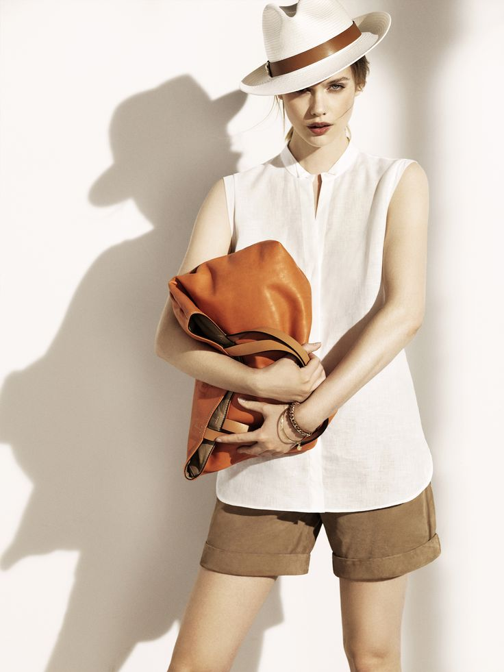 Massimo Dutti May Lookbook for Women. Spring Summer 2014 Collection. www.massimodutti.com