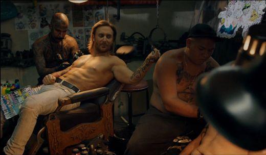Videoclip: David Guetta - Play Hard ft. Ne-Yo & Akon   http://www.emonden.co/videoclip-david-guetta-play-hard-ft-ne-yo-akon